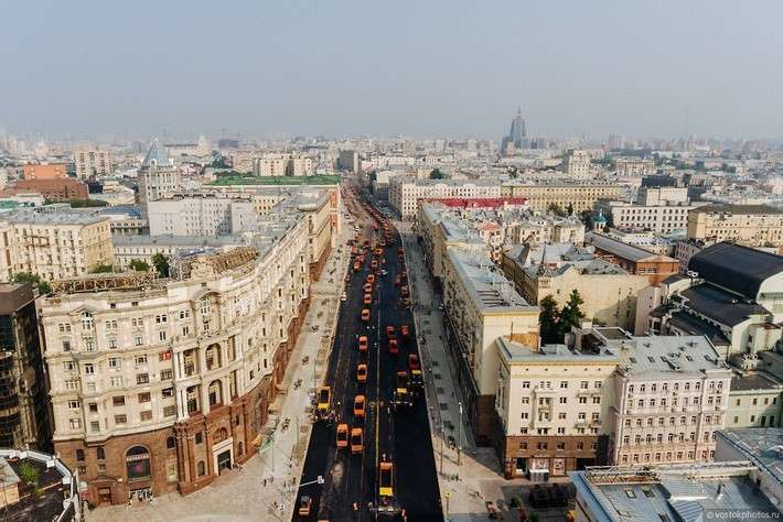 Реконструкция Тверской — 8000 тонн асфальта уложили за несколько часов