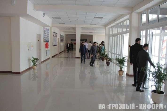 В Чечне открылась новая школа на 600 учеников