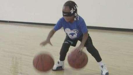 Шестилетняя девочка из Бруклина показала уникальные навыки игры в баскетбол