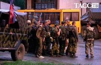 ДНР: украинских силовиков в Донецке нет, ополчение усиливает оборону города