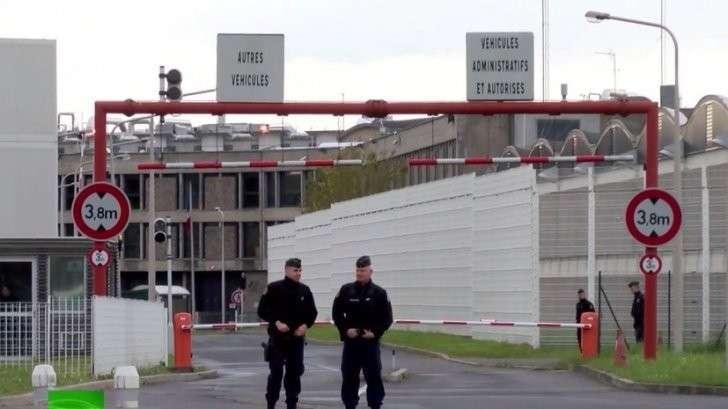 Французский депутат считает, что поздно бороться с исламизацией тюрем