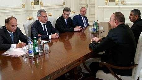 Сергей Шойгу обсудил с Алиевым военно-техническое сотрудничество Москвы и Баку