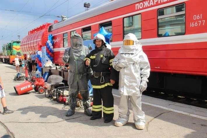 17. В Челябинской области ввели в строй пожарный поезд Сделано у нас, политика, факты