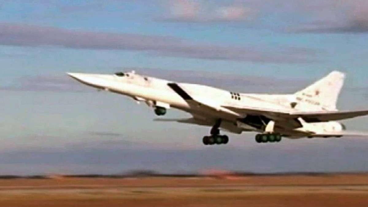 Российские военные летчики впервые вылетели на задание в Сирию с базы, расположенной в Иране