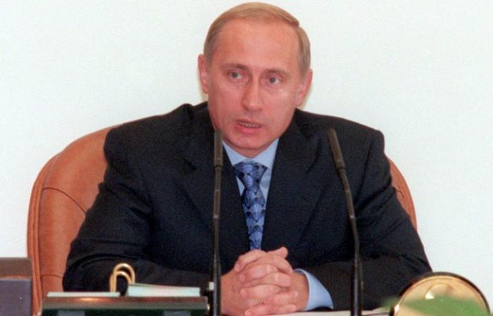 17 лет назад Путин впервые возглавил кабмин