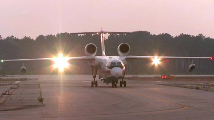 Российский летчик, который больше недели провел в плену у талибов в Афганистане, вернулся в Москву