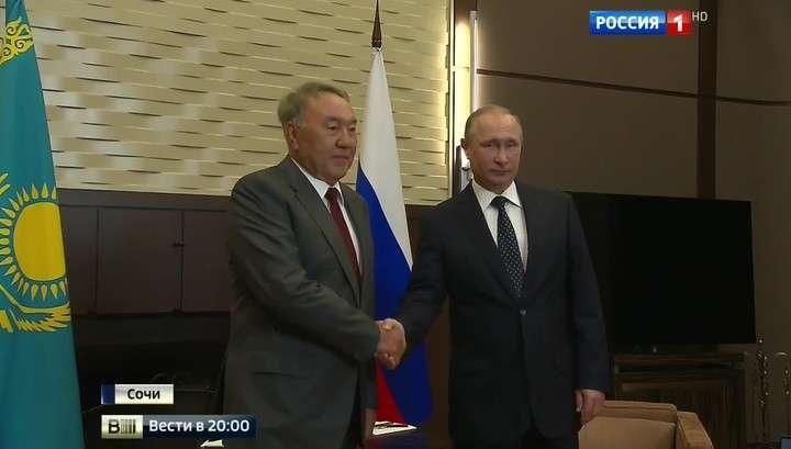 Назарбаев рассказал Владимиру Путину, что самозванец Порошенко уже готов к компромиссам