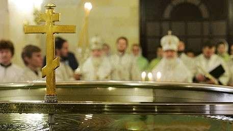 Бывшая врач в Волгограде четыре месяца пыталась оживить мужа молитвой и святой водой