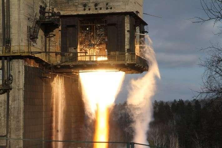 2. Огневые испытания двигателя ПДУ-99 для МБР РС-28 «Сармат» прошли успешно  политика, сделай сам, факты
