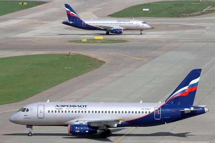 3. «Аэрофлот» взял в лизинг 10 новых SSJ100 политика, сделай сам, факты