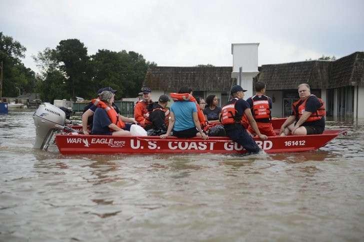 В Луизиане продолжается сильнейшее наводнение. Пострадали более 86 тысяч человек