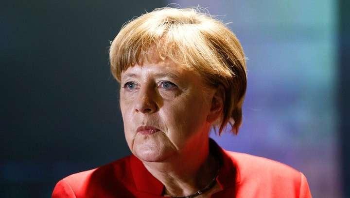 Стальная тётка Меркель выступила против отмены антироссийских санкций