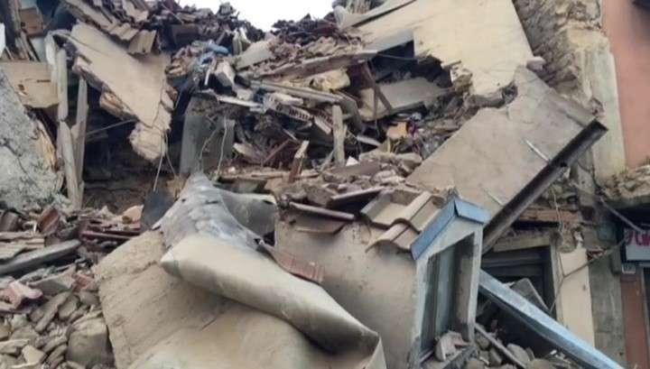 В центральной Италии произошло сильное землетрясение. Погибло 24 человека