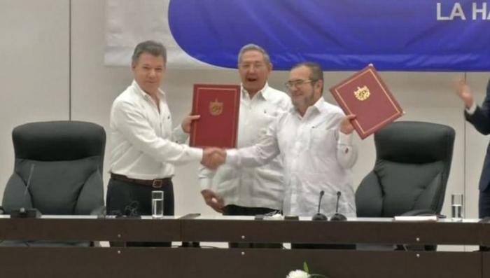 В Колумбии успешно завершены переговоры об окончании войны с группировкой РВСК