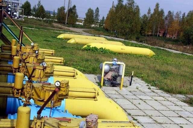 Украинская хунта переплачивает ЕС за российский газ, а народ утешают псевдо-независимостью