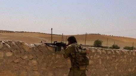 В перестрелках сирийской оппозиции в Джараблусе погибли 80 человек
