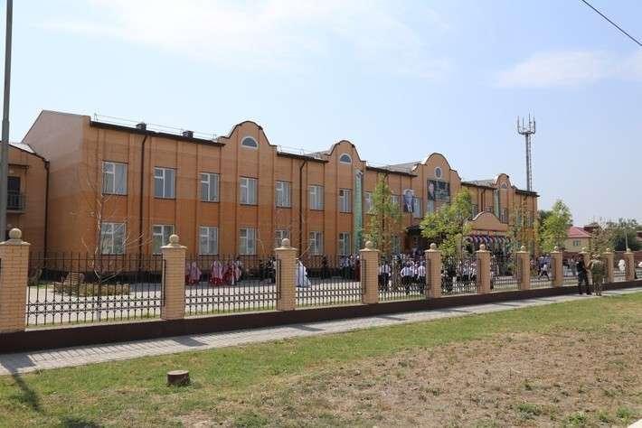 14. В Чечне открыли три новые школы Сделано у нас, политика, факты