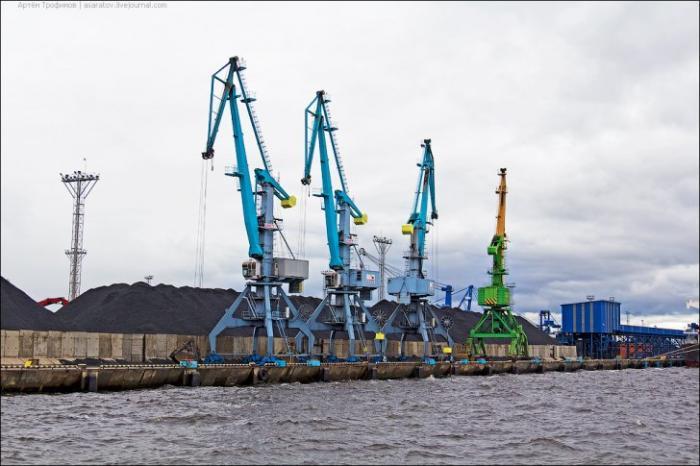 Строительство самого большого на Балтике, современного порта «Усть-Луга» успешно завершено