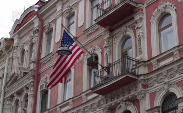 Консульство США нахально влияет на выборы на Урале, поддерживая внесистемную оппозицию