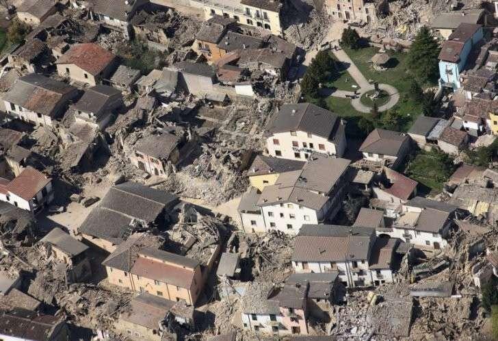 ЕС отвернулся от Италии в минуту трагедии. Только Путин предложил помощь