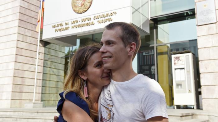 Суд в Ереване отпустил россиянина Миронова, задержанного по запросу США