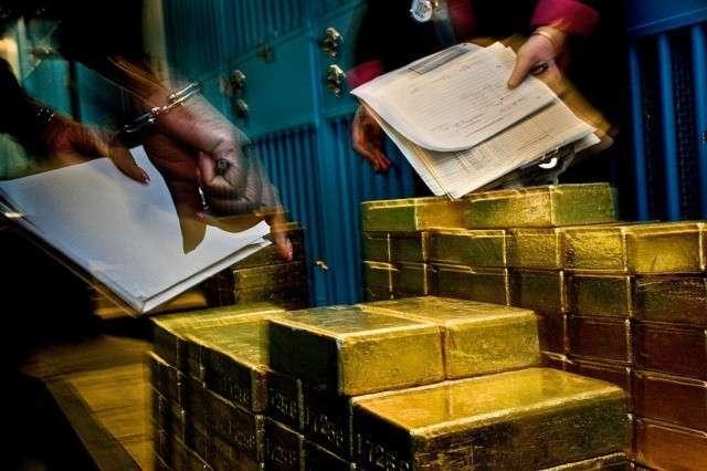 ЦБ мира изымают золото из ФРБ Нью-Йорка