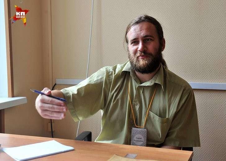 Во Второй школе Сергей провел половину жизни — все 16 лет! Фото: Евгения ГУСЕВА