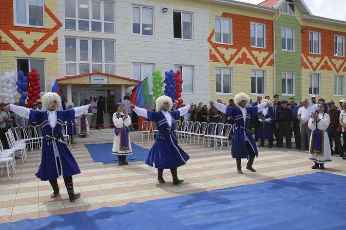 19. В Дагестане и Чечне открыты сельские школы  Сделано у нас, политика, факты