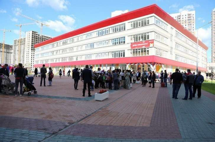 Новая школа №20 открылась в Путилкове  1 сентября, Сделано у нас, школа