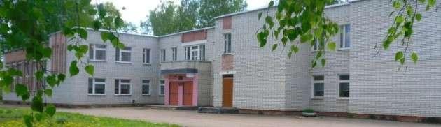 Трёхбратская школа в деревне Старое Колышкино Дубровского района
