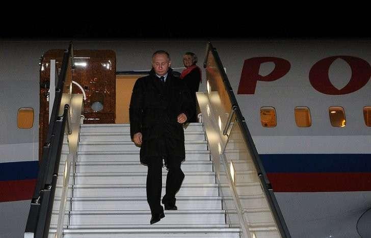 Путин прибыл насаммит G20 вКитай