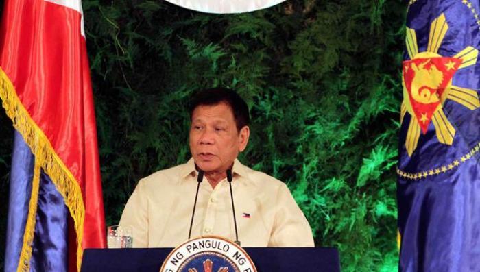 Президент Филиппин пообещал проклясть Обаму и назвал его «сукиным сыном»