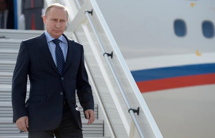Владимир Путин прибыл в Самарканд, чтобы почтить память Ислама Каримова