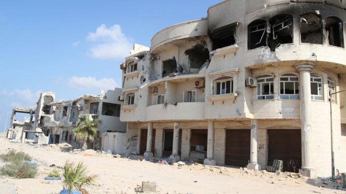 Журналисты RT побывали на линии фронта в ливийском Сирте