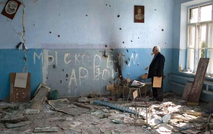 Северная Осетия. Беслан. Учебный класс, в котором были расстреляны отцы детей.Фото: ТАСС/ Сергей Узаков
