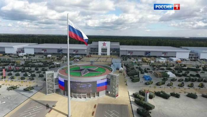 Россия показывает лучшее в мире оружие на форуме Армия-2016