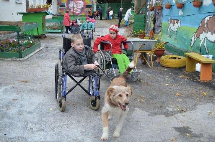 Юлия Ярошевская из Екатеринбурга создала проект «Про.Добро», в рамках которого помогает детям-сиротам