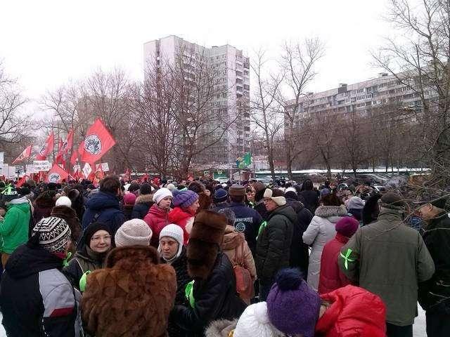 Рейдерская РПЦ. Как попы у москвичей парк отбирают