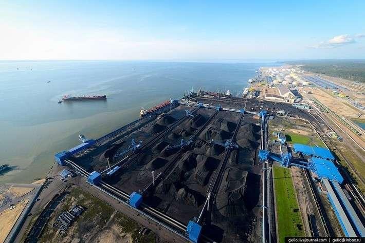 27. Экспорт российского угля за январь-август 2016 года вырос на 17,6% - до 107,19 млн тонн Сделано у нас, политика, факты