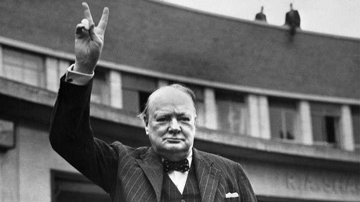 Гадёныш Черчилль хотел, чтобы весь мир говорил на неполноценном английском языке