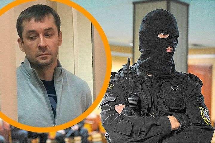Найденные у московского полковника девять миллиардов рублей украдены у каждого из нас
