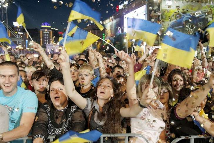 Долгое ожидание сладкой халявы ничему не научило наивных украинцев