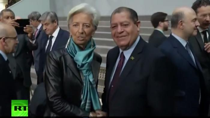Привет от «заказчиков» Стросс-Кана: Глава МВФ предстанет перед судом
