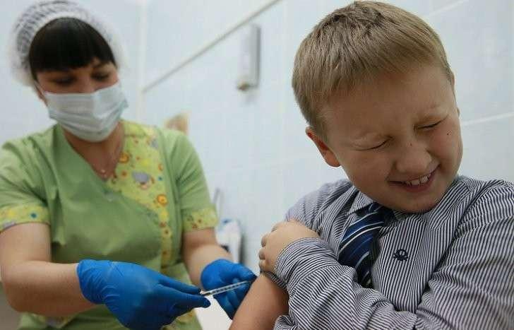 Вакцин от гриппа не бывает, но медики постоянно чем-то прививают за деньги