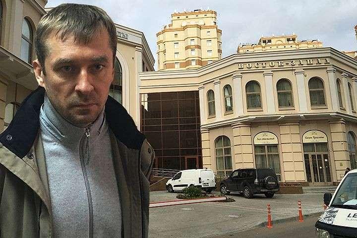 Квартира Захарченко, из которой он сделал склад для денег, стоит 100 млн. рублей