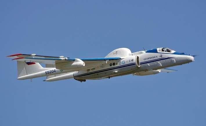 21. Высотный самолет М-55 «Геофизика» завершил этап исследований стратосферы Европы Сделано у нас, политика, факты