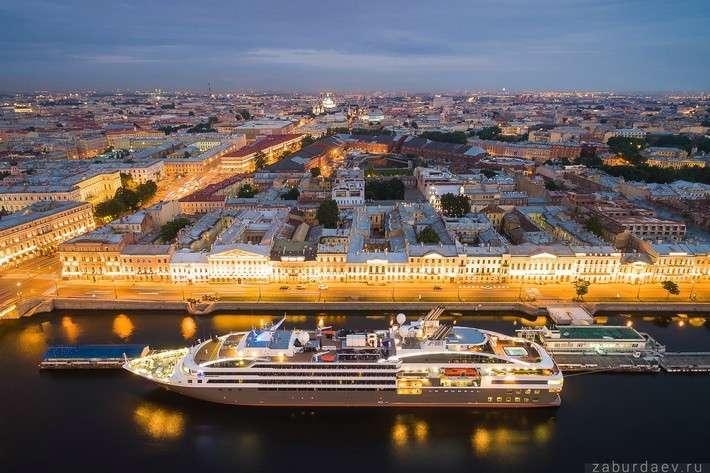 Санкт-Петербург признан лучшим круизным направлением мира 2016 года