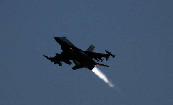 Великобритания подтвердила участие в авиаударе по сирийским войскам