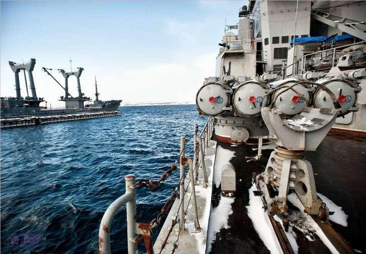 Грандиозные учения флота и авиации России в Баренцевом море