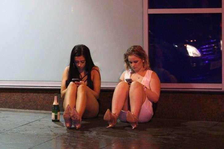 Английские студенты отметили первую неделю обучения Пьянству бой, англия, студенты